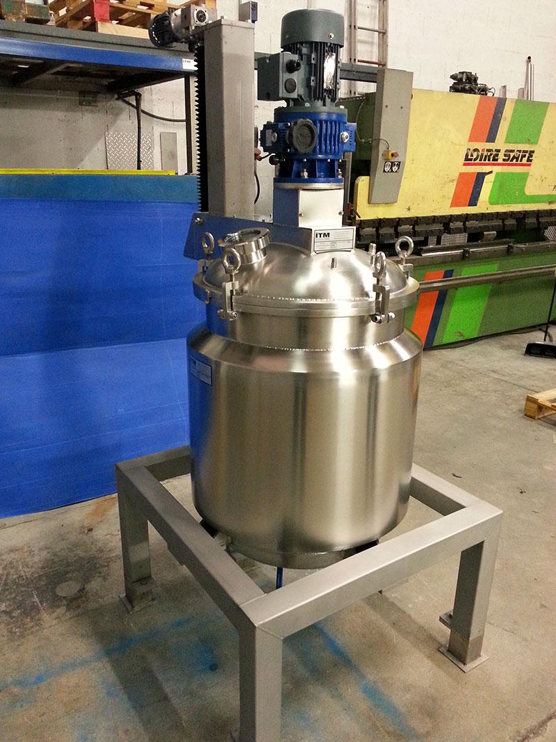 Reactor de 150 litros | Trabajos en acero inoxidable a medida industria química y farmacéutica | ITM INOX